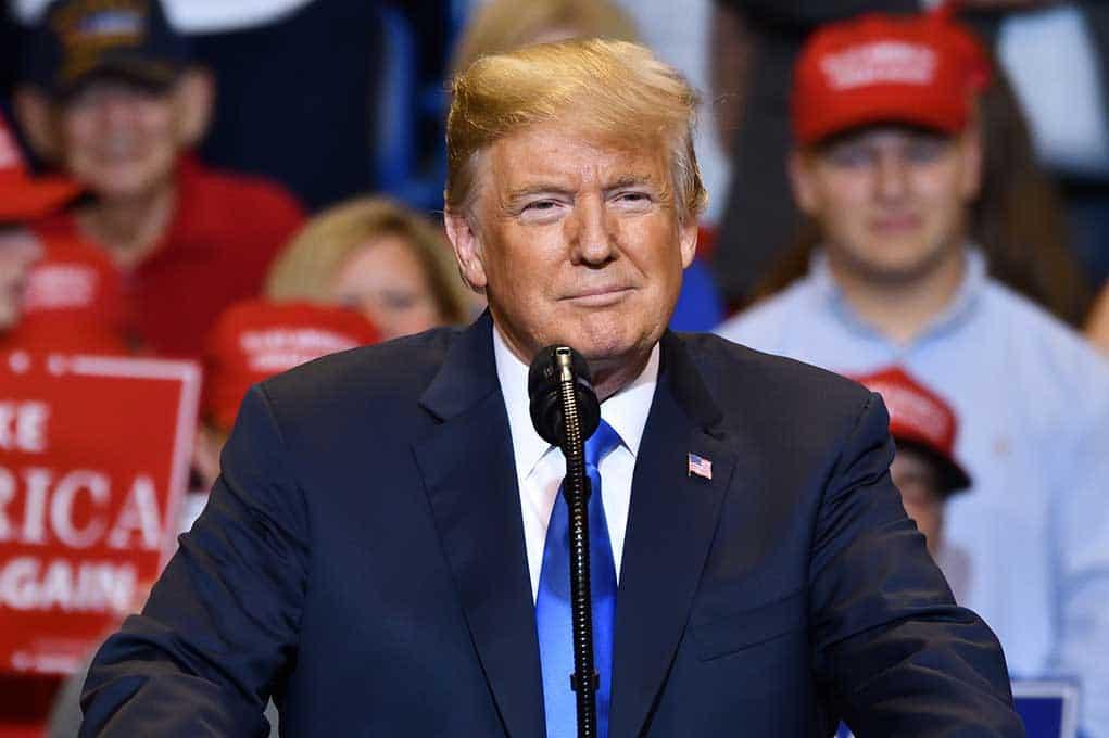 Trump Rebukes Biden on Immigration