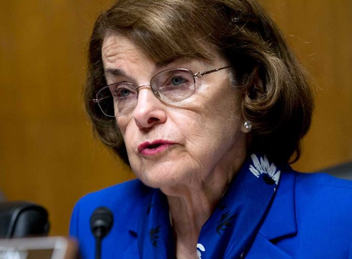 Dianne Feinstein Introduces COVID Requirements Bill